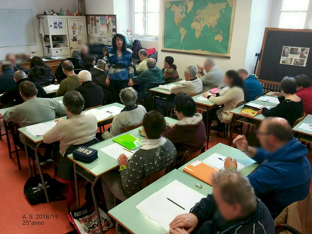 classe durante l' Attività Curricolare (mattina) di Formazione Didattica del mercoledì.